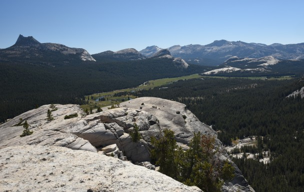 view-of-tuolumne-meadows-from-top-of-dome