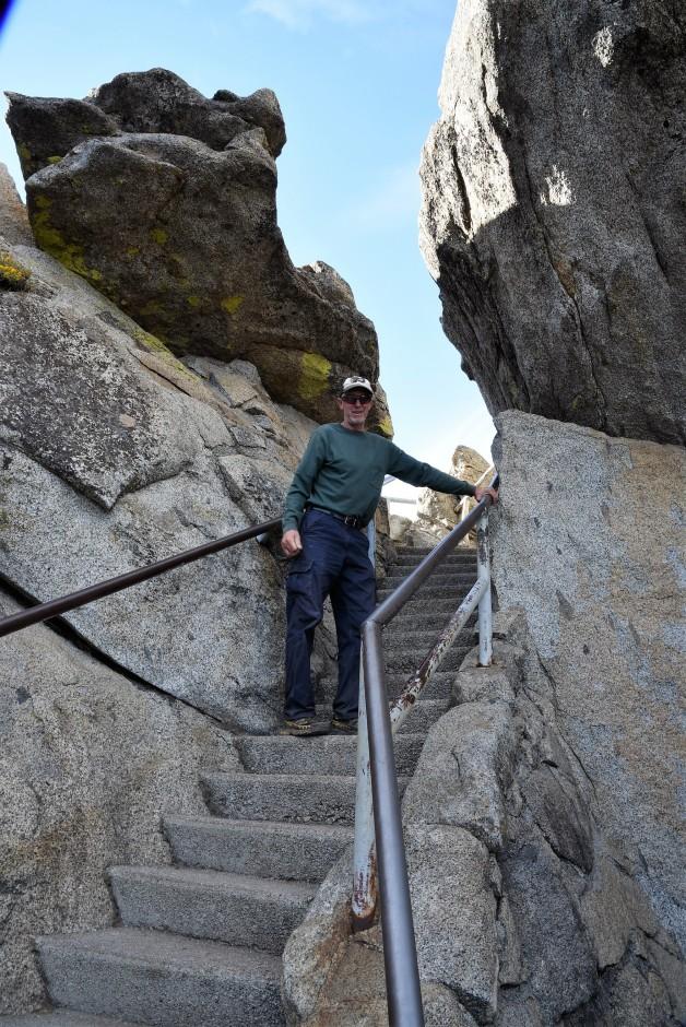 climbing-moro-rock