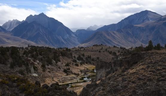 cloudy-sierras-from-hot-creek