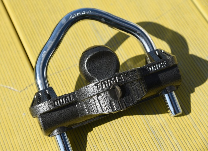 Hitch lock.jpg
