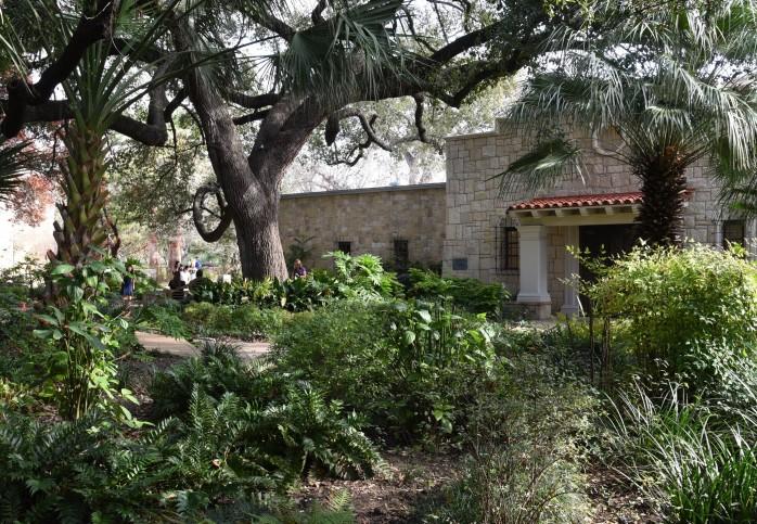 alamo-gardens