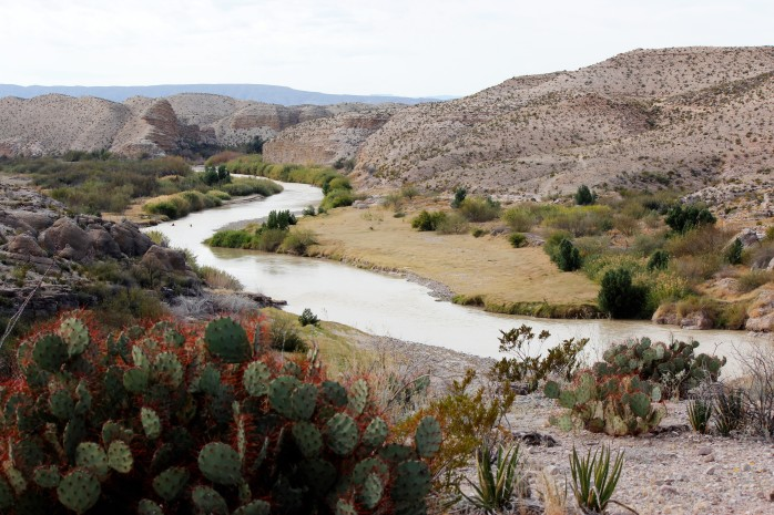 rio-grande-along-the-hot-springs-canyon-trail