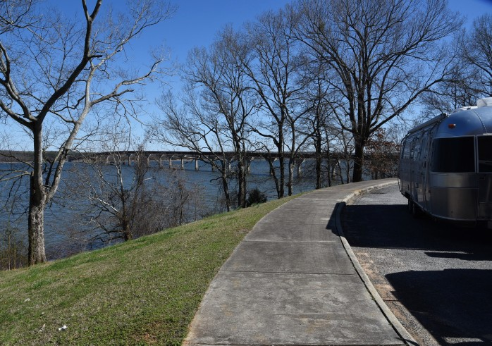 tennessee-river