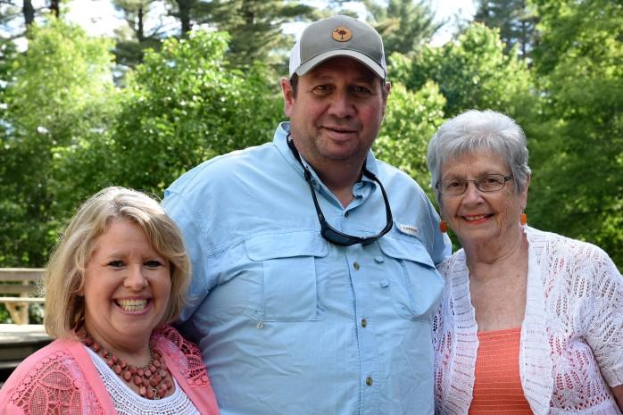 Leif Wedding Mom, Johnnie and Beth